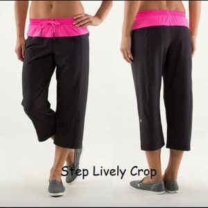 Lululemon Step Lively crop